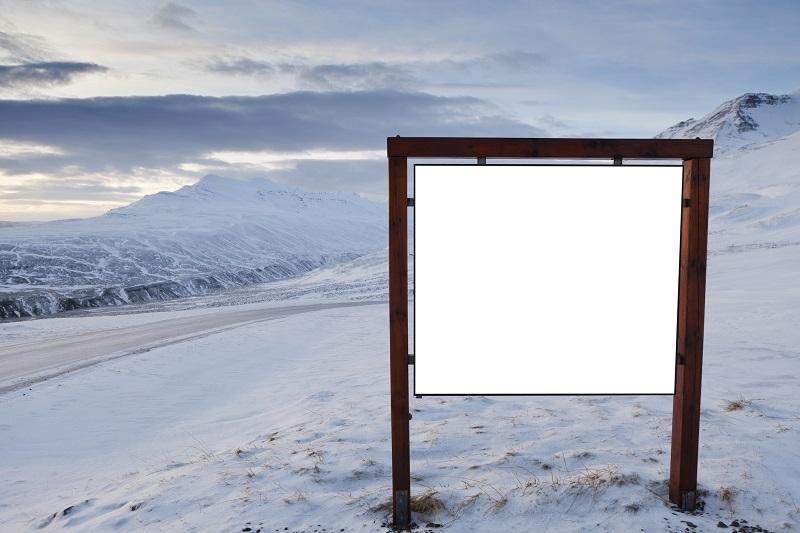 Reklama na stoku narciarskim